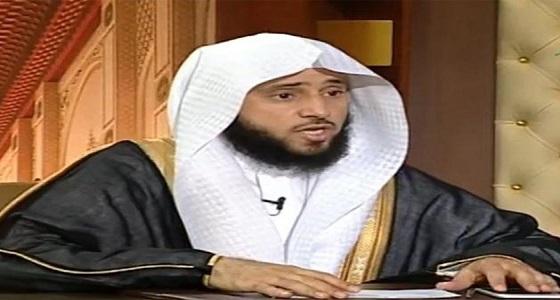 بالفيديو.. أستاذ فقه يكشف حكم الاكتتاب في أرامكو