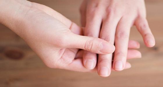 حالة اليد والأصابع تنذر بمشكلات صحية