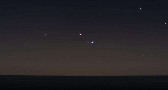 سماء المملكة على موعد مع اقتران المريخ مع نجم السماك