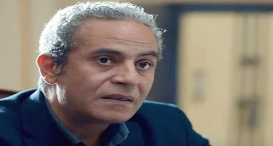 فنان مصري يهاجم زملائه بعد بكائهم على رحيل هيثم أحمد زكي: «بطلوا هرى»
