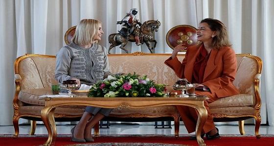 إيفانكا ترامب تتألق بزي رسمي في أول زيارة لها للمغرب
