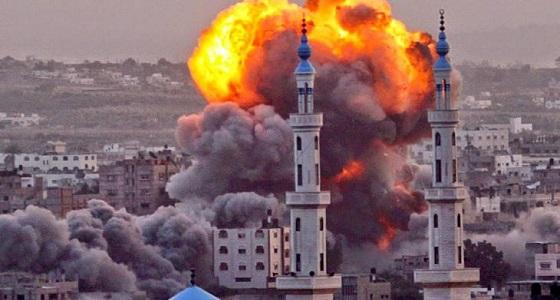 في ساعات الفجر الأولى..استشهاد 6 فلسطينيين من أسرة واحدة جراء قصف إسرائيلي