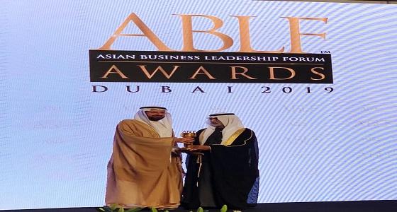 وزير الصحة يحصل على جائزة الدولة التقديرية في الإمارات