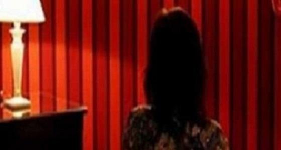 أمين شرطة وزوجته يستدرجان راغبي السهرات الحمراء