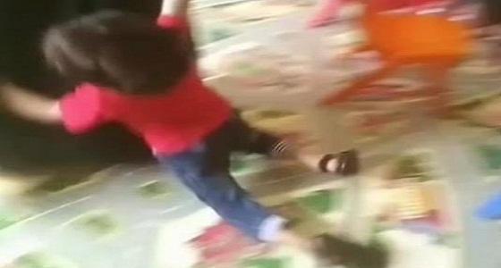 أول إجراء من «التنمية الاجتماعية» بعد مقطع السيدة المعنفة للأطفال في حضانة