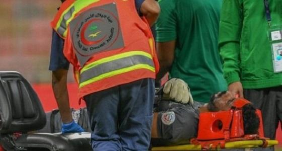 مهاجم الفيصلي يقدم اعتذاره للعويس بعد تسببه في إصابته