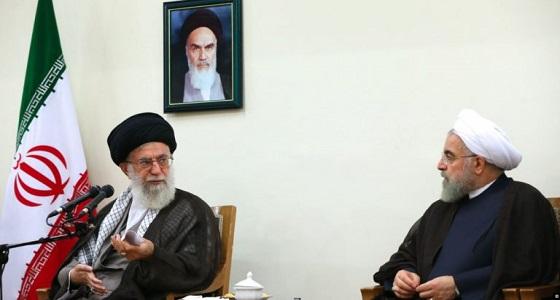 روحاني يتبرأ من أزمة البنزين ويورط خامنئي