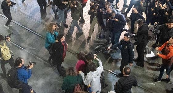 شرطة أردوغان تفض تظاهرة نسائية بقنابل الغاز والرصاص المطاطي