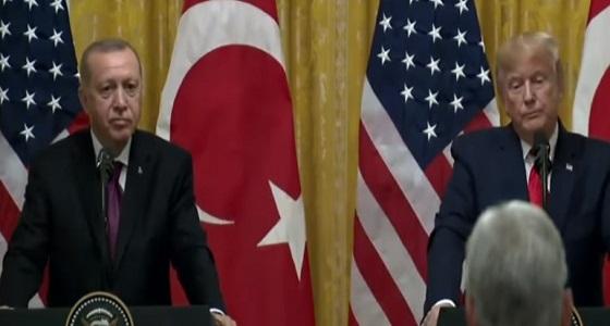 بالفيديو.. أردوغان يتملص من الرد على وصف ترامب له بالأحمق الغبي