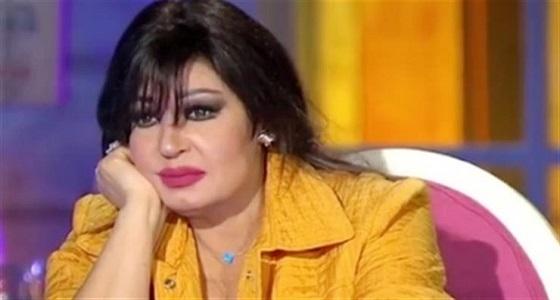 فيفي عبده تكشف سر عدم حضورها عزاء شقيقتها