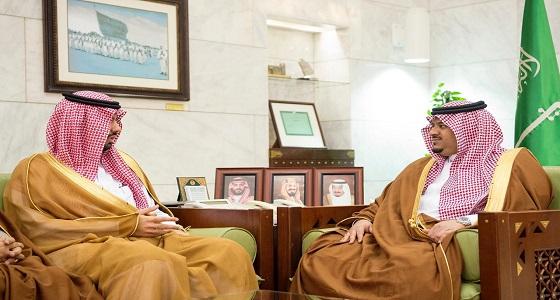 الأمير محمد بن عبدالرحمن يستقبل أمين منطقة الرياض المعين حديثًا