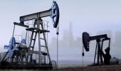 النفط يتراجع وسط مخاوف بشأن محادثات التجارة الصينية الأمريكية