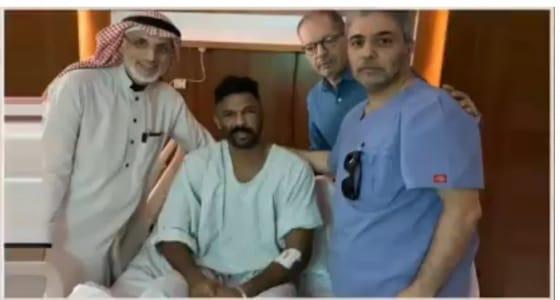 بالفيديو.. الظهور الأول لـ « العويس » بعد إصابته بكسر في عظمة الوجه