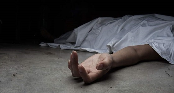 بأسلاك الكهرباء.. أب يقتل ابنه بعد «حفلة تعذيب»