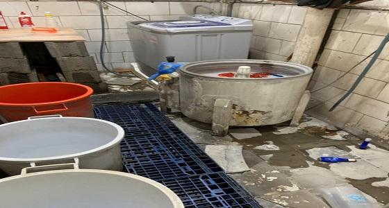 بلدية خميس مشيط تكثف جولاتها الرقابية على مواد غذائية غير صالحة للإستخدام الآدمي