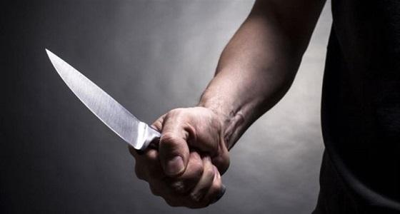 بسبب فتاة.. شاب يستعين بصديقه لقتل شقيقه