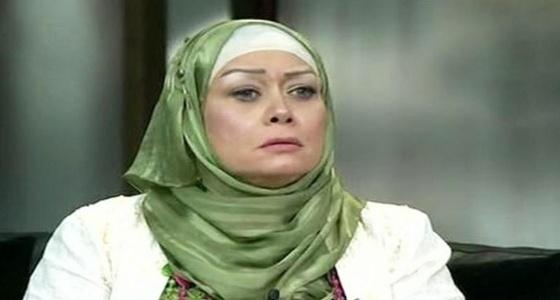 بالصور.. جدل واسع بسبب ظهور هالة فاخر بدون حجاب