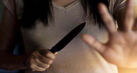 ضبط فتاة قتلت زوجها طعناً بالسكين