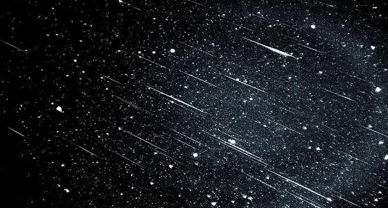 شهب كثيفة تتساقط من سماء المملكة خلال الليلتين المقبلتين