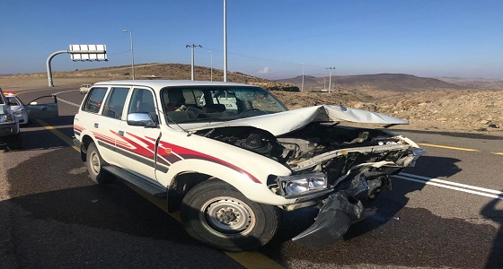وفاة شخص وإصابة آخر بحادث تصادم في مفرق الجنابين