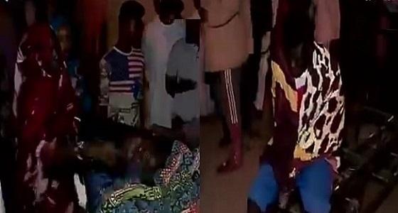 بالفيديو .. رجل أمن يفجر قنبلة بحفل زفاف في السودان تخلف عشرات الضحايا