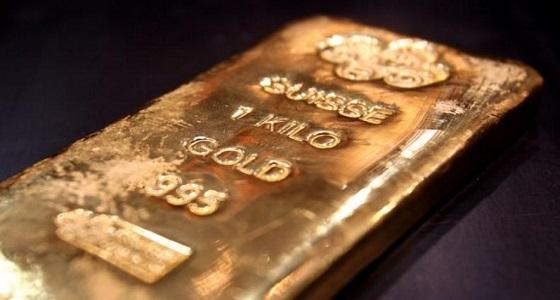الذهب يقفز 1% وسط إقبال على الملاذات بفعل توترات الشرق الأوسط