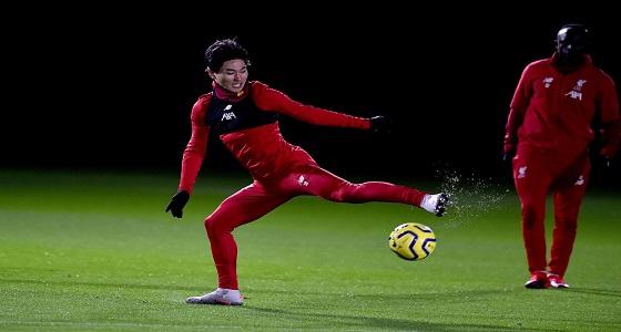 بالصور..أول أيام صفقة ليفربول الجديدة «تاكومي» في التدريبات