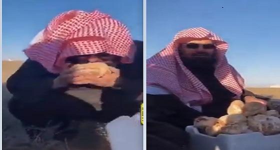 بالفيديو..السديس يشارك في جمع الفقع