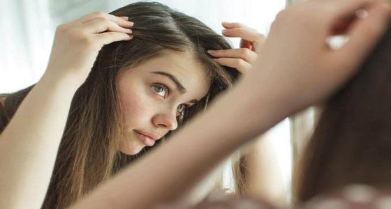 أسباب ظهور الشعر الأبيض في سن الشباب