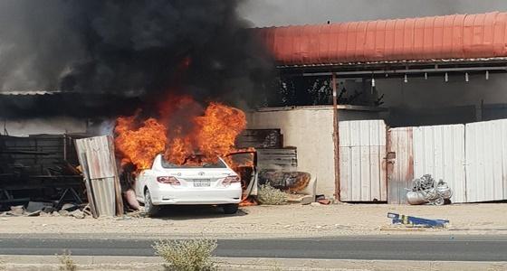 اندلاع النيران في سيارة إثر حادث مروري بالباحة