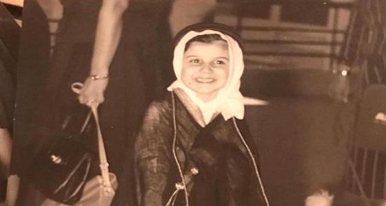 صور نادرة للأمير الوليد بن طلال في صغره بـ«البشت»