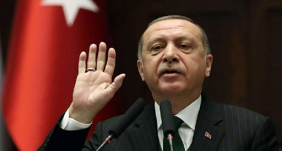 «أردوغان» يقمع معارض اتهمه بأنه جناح «غولن»