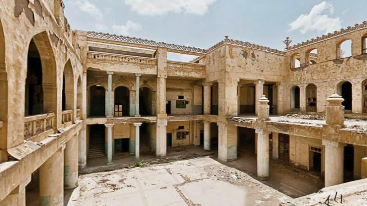 بالفيديو.. تعرف على القصر الملكي الذي سكنه الملك عبدالعزيز منذ 7 عقود