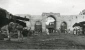 صورة قبل 82 عامًا لـ «باب مكة» الذي منع الغزاة من دخول جدة