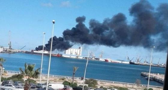 بالفيديو.. ليبيا تستهدف سفينة شحن تركية محملة بأسلحة