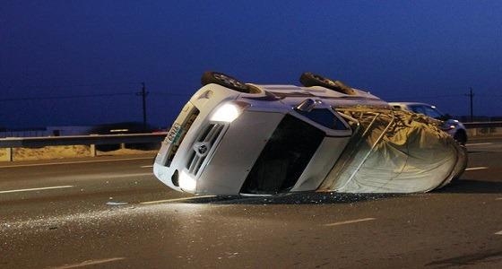 انقلاب مركبة على طريق مكة- المدينة يسفر عن إصابات
