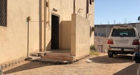 مُطلق النار على رجال الأمن بالمدينة سبق وهدد جيرانه بالسلاح