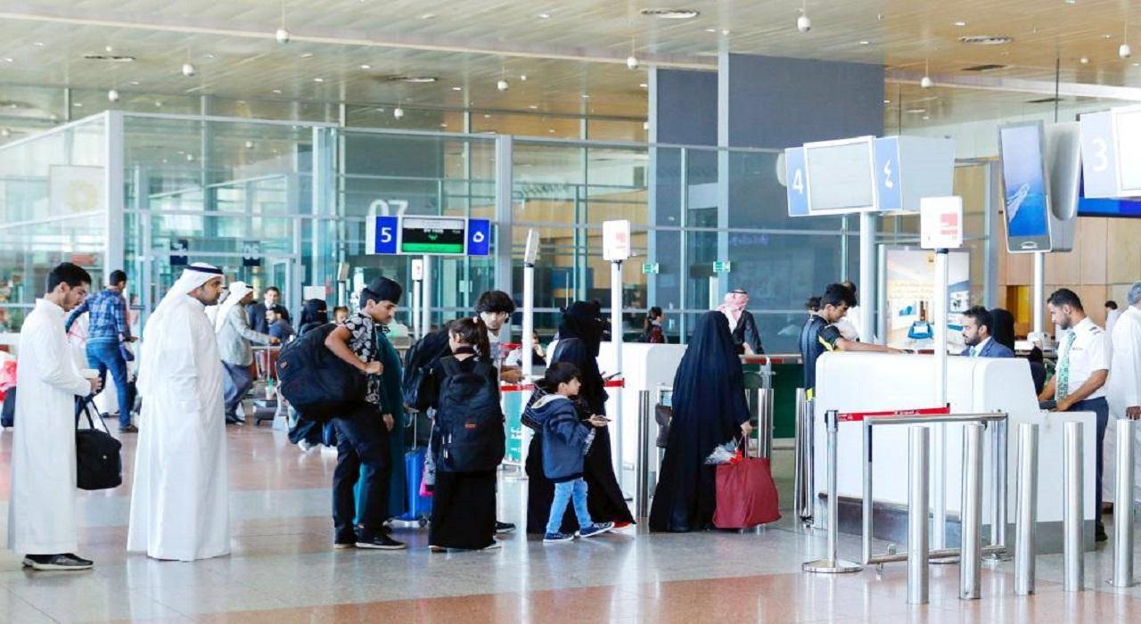 """الهدف من تعليق السفر بالهوية الوطنية لمواطني مجلس التعاون بعد بيان """" الخارجية """""""