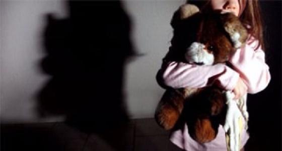 إمام مسجد يغتصب طفلة كانت تحفظ القرآن