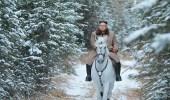 مئات آلاف الدولارات من أجل التقاط صور لزعيم كوريا الشمالية مع حصان