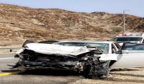 بالصور.. وفاة وإصابة 4 أشخاص في حادث تصادم بالباحة