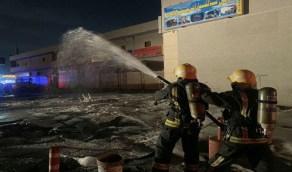 بالصور.. «مدني جدة » يخمد حريقا اندلع في محطة وقود بحي الحرازات