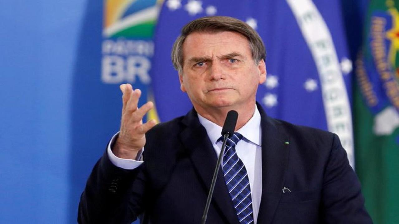 وضع رئيس البرازيل تحت الملاحظة خشية إصابته بفيروس كورونا