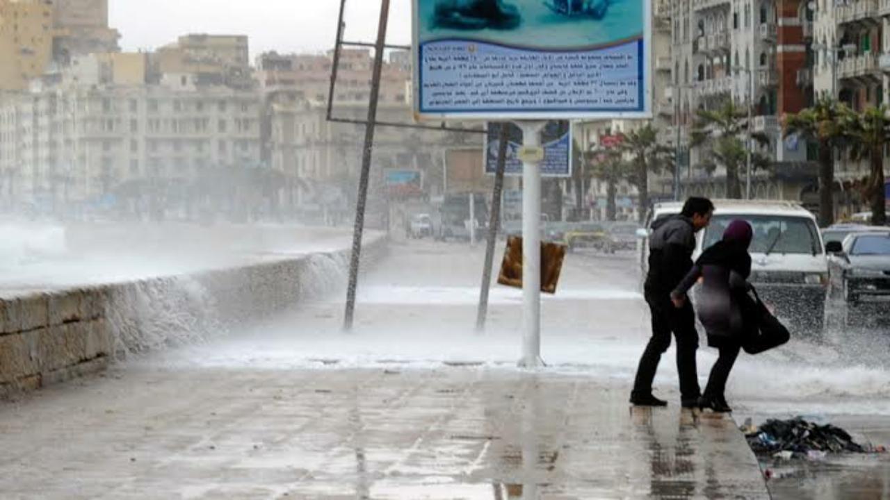 السفارة بالقاهرة تحذر المواطنين من العاصفة المحتملة