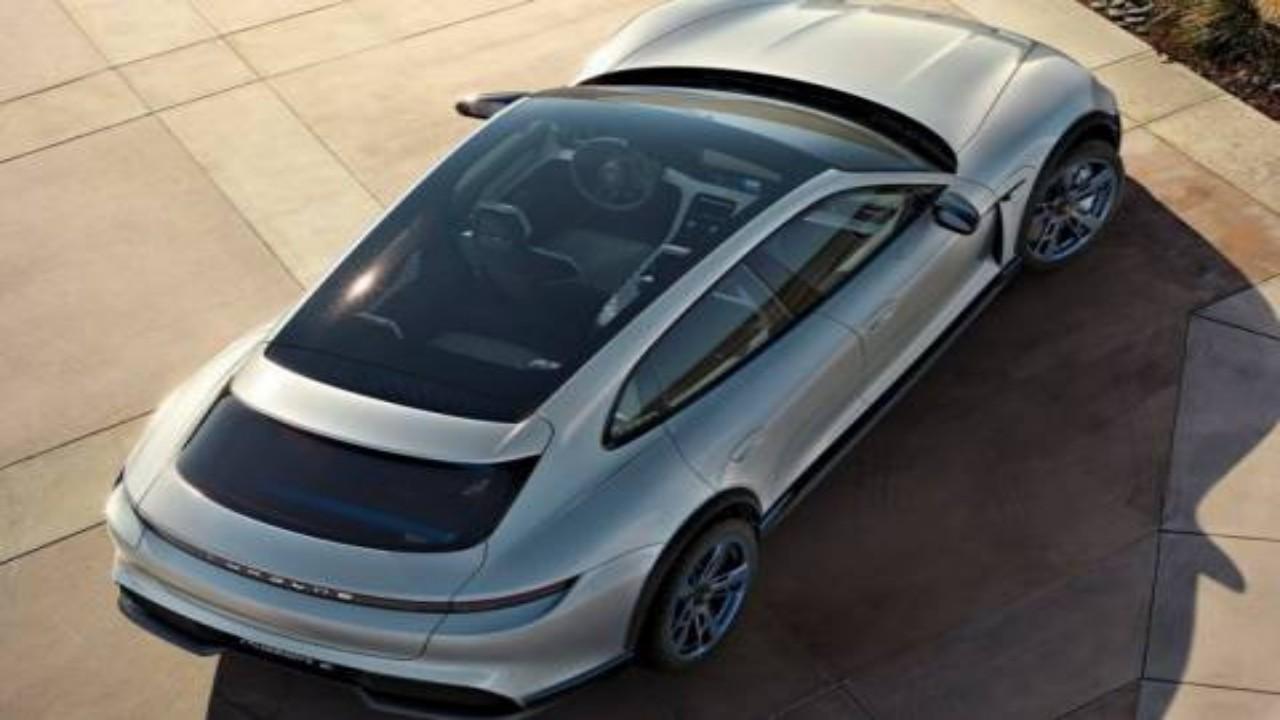 بالصور.. مواصفات خيالية لسيارة بورش ماكان 2023 الكهربائية 3beb3211-4338-4151-9a25-2e779800930e.jpg?resize=full&ssl=1