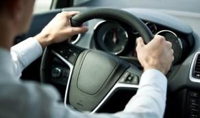 أخطاء تضر السيارة أثناء القيادة