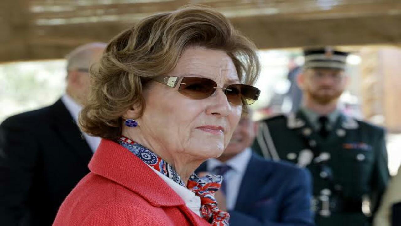 """ملكة النرويج: علمت عن الـ """" آي باد """" من الملك عبدالله"""