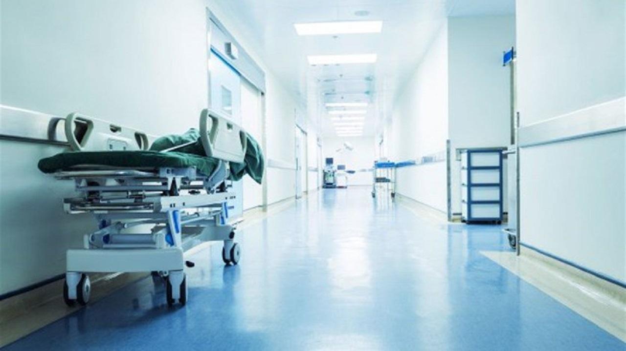 """مستشفى تقنن زيارات المرضى: """" اكتفوا بالتواصل الهاتفي """""""
