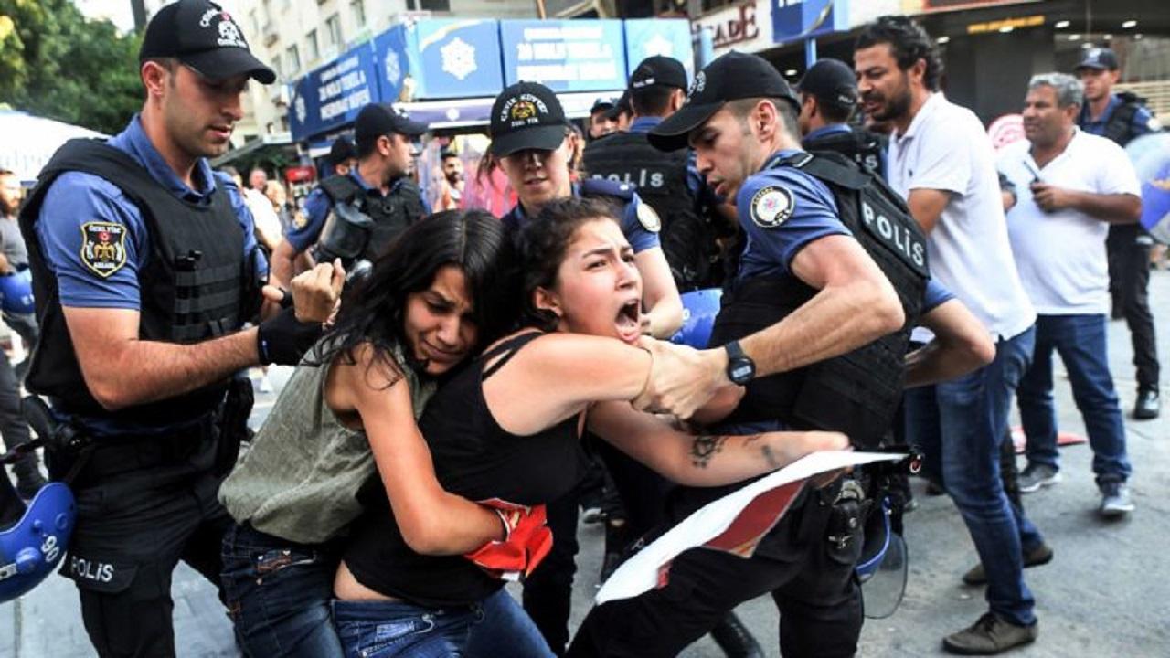 أمريكا تكشف جرائم تركيا وممارستها للاعتقال والتعذيب