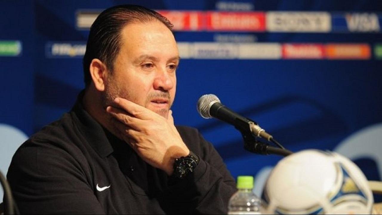 «معلول» يقود رسميًا المنتخب السوري لكرة القدم